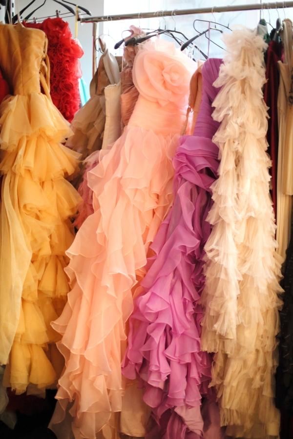 2014-11-28-dress-rent01