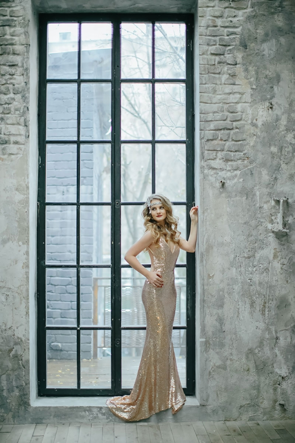 rental-dress-golden-passion-04